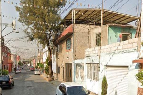Foto de casa en venta en calle 309 , nueva atzacoalco, gustavo a. madero, df / cdmx, 15239260 No. 02