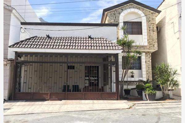 Foto de casa en venta en calle 4, las cumbres 5 sector a, monterrey, nuevo león, 19641733 No. 01