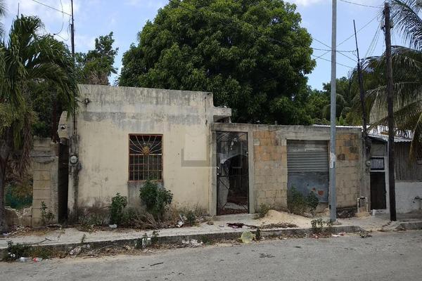 Foto de terreno habitacional en venta en calle 64 entre 15 y 20 , luis donaldo colosio, solidaridad, quintana roo, 7146374 No. 01