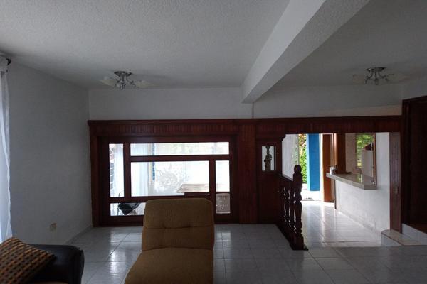 Foto de casa en venta en calle 7 , dr. jorge jiménez cantú, la paz, méxico, 14363268 No. 14