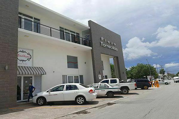 Foto de local en renta en calle castillo peraza , supermanzana 524, benito juárez, quintana roo, 0 No. 02