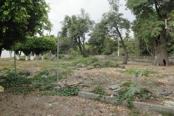 Foto de terreno habitacional en venta en calle de los doctores , lomas de jiutepec, jiutepec, morelos, 17714903 No. 04