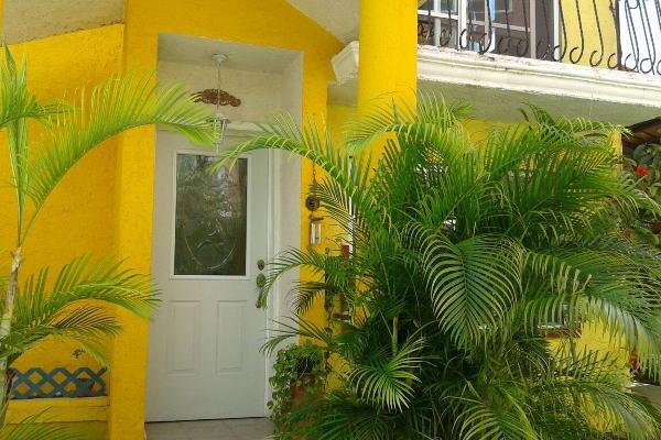 Foto de casa en venta en calle justo sierra , supermanzana 50, benito juárez, quintana roo, 3451762 No. 01