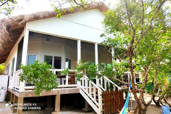 Foto de casa en venta en calle los ciricotes, manzana 0166 , isla de holbox, lázaro cárdenas, quintana roo, 19061086 No. 01