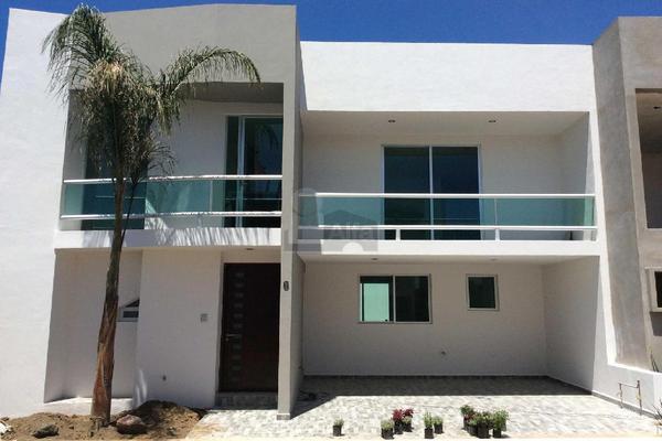 Foto de casa en venta en calle pirules , nuevo león, cuautlancingo, puebla, 9129988 No. 01
