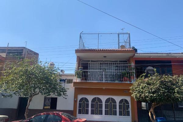 Foto de casa en venta en calle san eugenio 1867 , san isidro, guadalajara, jalisco, 17461500 No. 02