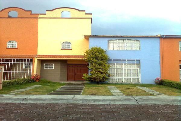 Foto de casa en renta en calle san felipe , san pedro totoltepec, toluca, méxico, 14030375 No. 01