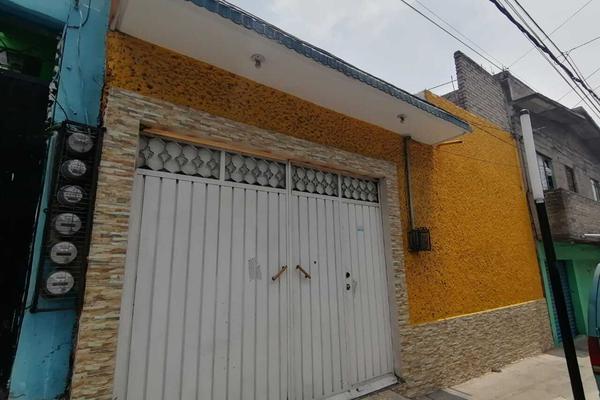 Foto de casa en venta en calle sauces manzana 154 lote 17 , tenorios, iztapalapa, df / cdmx, 0 No. 01