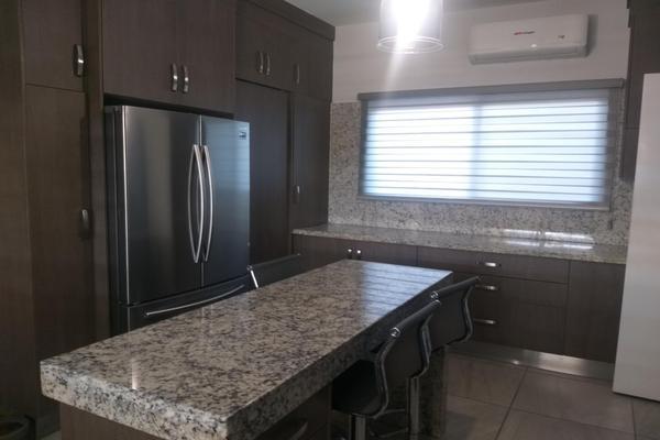 Foto de casa en venta en calle tabgha 5 entre calle belén y cafarnaún , hacienda residencial condominal, hermosillo, sonora, 20390231 No. 03