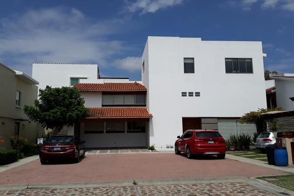 Foto de casa en venta en calleja paramento , san antonio de ayala, irapuato, guanajuato, 5662292 No. 01