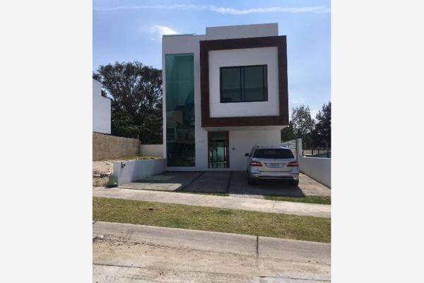 Foto de casa en venta en  , callejón del parque, zapopan, jalisco, 8861760 No. 01