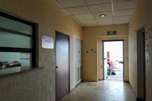 Foto de edificio en renta en calzada lázaro cárdenas , jardines de los arcos, guadalajara, jalisco, 0 No. 02