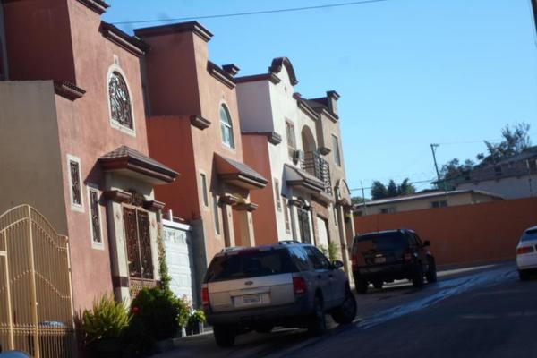 Foto de casa en venta en camino de las bugambilias, privada brisas 8489, jardín de las bugambilias, tijuana, baja california, 5811888 No. 02