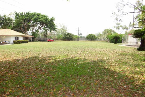 Foto de rancho en venta en camino vecinal, comalcalco , josé maria pino suárez 3a sección (corinto), comalcalco, tabasco, 8381452 No. 02