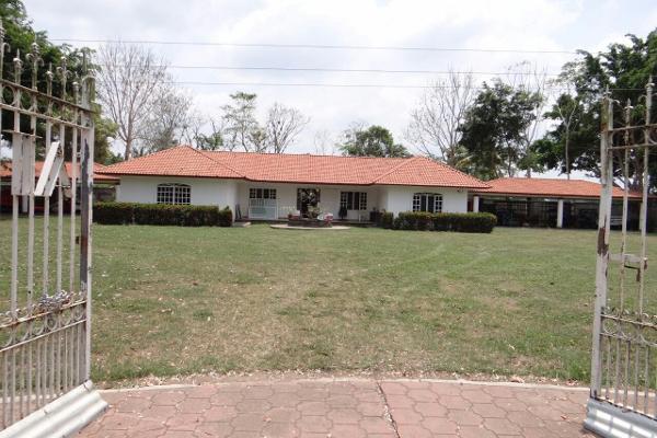 Foto de rancho en venta en camino vecinal , josé maria pino suárez 3a sección (corinto), comalcalco, tabasco, 8381452 No. 01