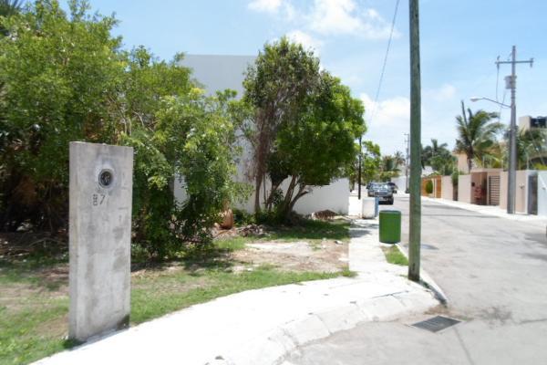 Foto de terreno habitacional en venta en  , campestre, benito juárez, quintana roo, 2634403 No. 03