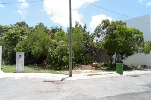 Foto de terreno habitacional en venta en  , campestre, benito juárez, quintana roo, 2634403 No. 04