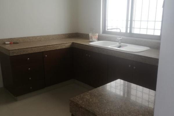 Foto de casa en venta en  , campestre, mérida, yucatán, 14038577 No. 06