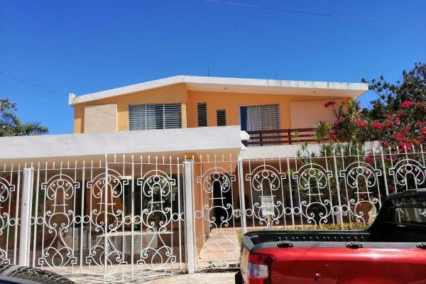 Foto de casa en renta en  , campestre, mérida, yucatán, 14038585 No. 01
