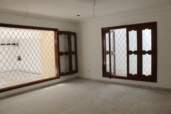 Foto de casa en venta en  , campestre, mérida, yucatán, 3426126 No. 03