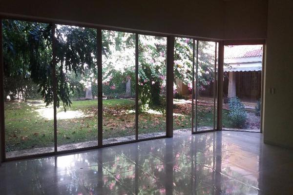 Foto de casa en venta en  , campestre, mérida, yucatán, 7860935 No. 02