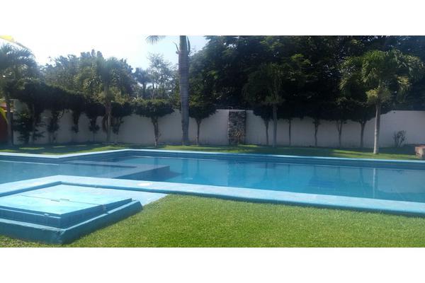 Foto de casa en condominio en renta en  , campo sotelo, temixco, morelos, 18087274 No. 01