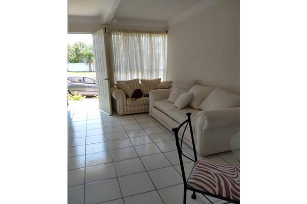 Foto de casa en condominio en renta en  , campo sotelo, temixco, morelos, 18102003 No. 02
