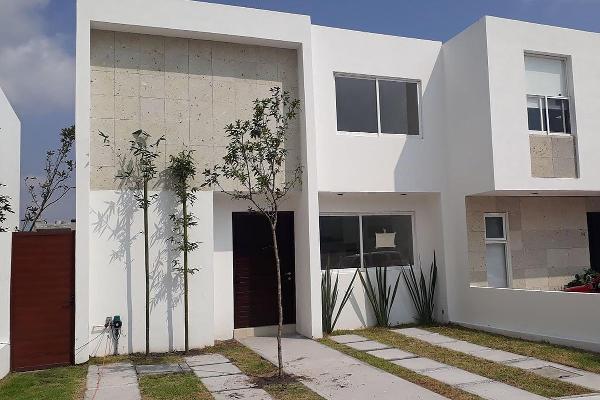 Foto de casa en venta en  , cañadas del lago, corregidora, querétaro, 14034478 No. 01