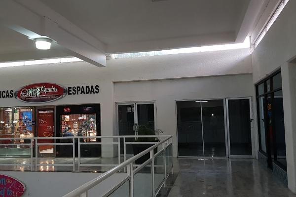 Foto de local en venta en  , cancún centro, benito juárez, quintana roo, 4669884 No. 02