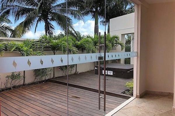 Foto de departamento en venta en  , cancún centro, benito juárez, quintana roo, 5676881 No. 02