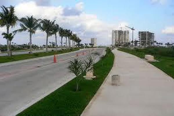 Foto de terreno habitacional en venta en  , cancún centro, benito juárez, quintana roo, 7193901 No. 02
