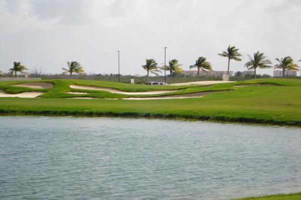 Foto de terreno habitacional en venta en  , cancún centro, benito juárez, quintana roo, 7193901 No. 08