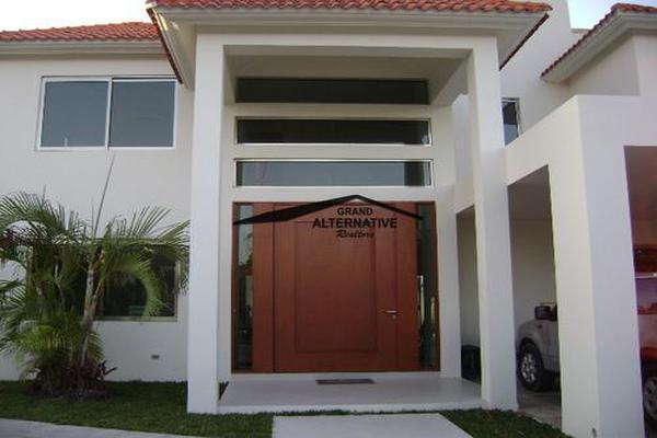 Foto de casa en venta en  , cancún centro, benito juárez, quintana roo, 7193915 No. 01