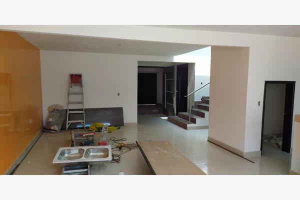 Foto de casa en venta en  , capultitlán centro, toluca, méxico, 14449982 No. 02