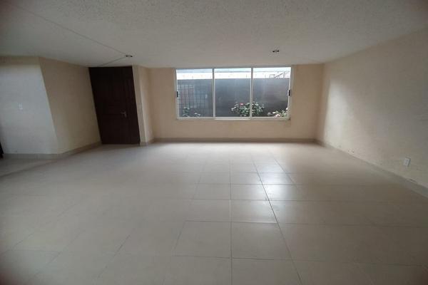 Foto de casa en venta en  , capultitlán centro, toluca, méxico, 19323345 No. 02