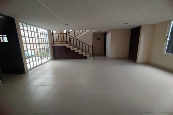 Foto de casa en venta en  , capultitlán centro, toluca, méxico, 19323345 No. 03