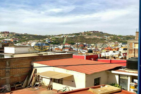 Foto de casa en venta en carcamanes , guanajuato centro, guanajuato, guanajuato, 0 No. 02