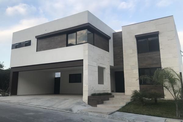 Foto de casa en venta en carolco , carolco, monterrey, nuevo león, 14038186 No. 01