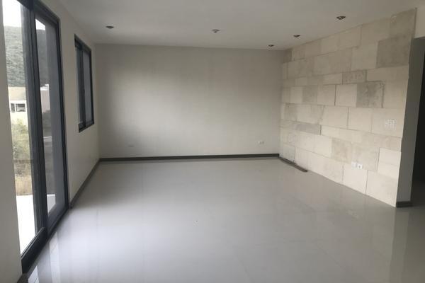 Foto de casa en venta en carolco , carolco, monterrey, nuevo león, 14038186 No. 02