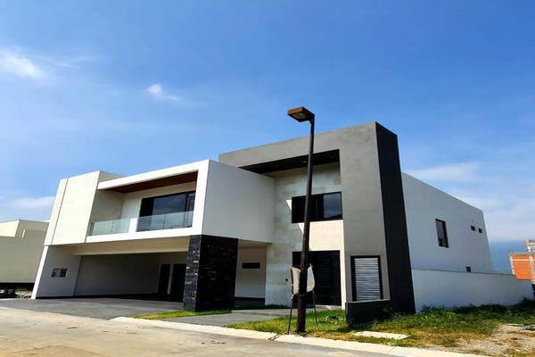 Foto de casa en venta en  , carolco, monterrey, nuevo león, 10214904 No. 01