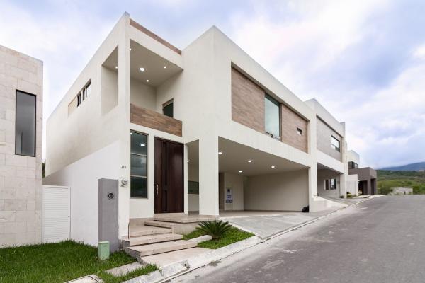 Foto de casa en venta en  , carolco, monterrey, nuevo león, 14038202 No. 01