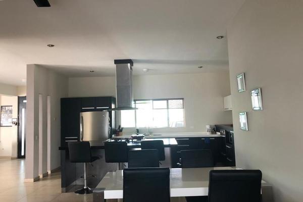 Foto de casa en venta en  , carolco, monterrey, nuevo león, 0 No. 03