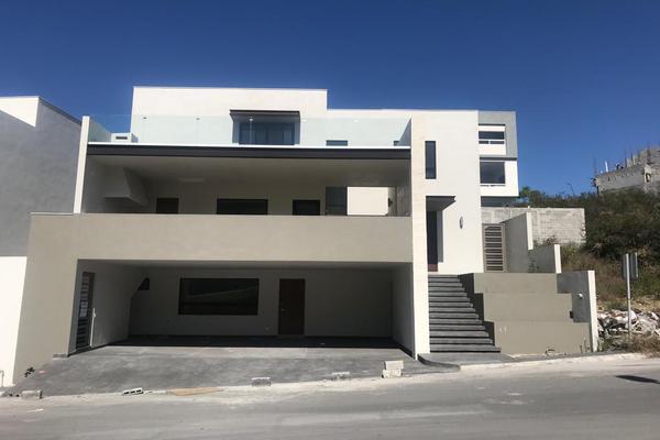 Foto de casa en venta en  , carolco, monterrey, nuevo león, 9173945 No. 01