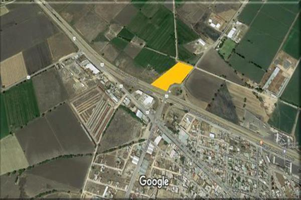 Foto de terreno comercial en venta en carretera 57 kilometro 183 , pedro escobedo centro, pedro escobedo, querétaro, 18415805 No. 01