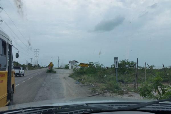 Foto de terreno habitacional en venta en carretera costera del golfo , isla aguada, carmen, campeche, 14036835 No. 02