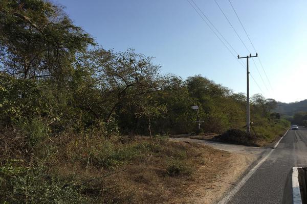 Foto de terreno habitacional en venta en carretera la piña los otates s/n , veladeros de los otates, manzanillo, colima, 7158446 No. 05