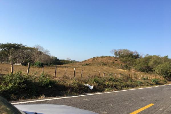 Foto de terreno habitacional en venta en carretera la piña los otates s/n , veladeros de los otates, manzanillo, colima, 7158446 No. 06