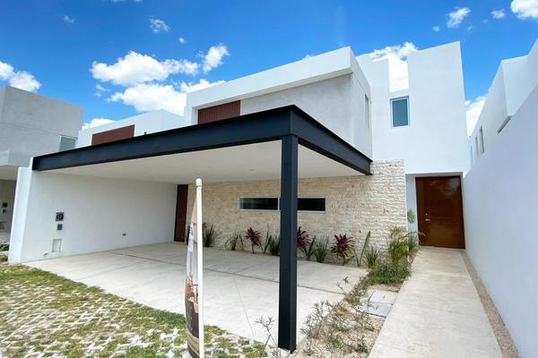 Foto de casa en venta en carretera mérida-progreso , xcanatún, mérida, yucatán, 0 No. 02