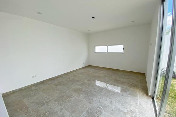 Foto de casa en venta en carretera mérida-progreso , xcanatún, mérida, yucatán, 0 No. 16