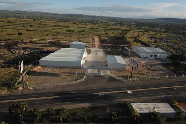 Foto de nave industrial en venta en carretera panamericana 00, balvanera, corregidora, querétaro, 20187639 No. 01